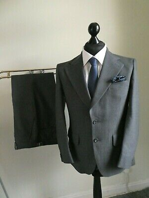 Dunn & Co,Vintage 2 Button Grey Stripe Wool Worsted Suit 40 Short - W34 - L28