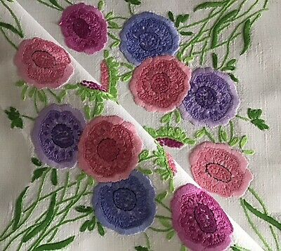 Exquisite Vintage Linen Hand Embroidered Tablecloth ~ Beautiful Florals