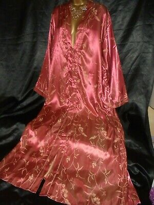 Stunning   silky satin /robe  negligee beautiful bronze     cd/tv 52 chest