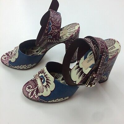 87fbfac63 Valentino Runway Floral Blue Leather Ankle Strap Open Toe Sandal block heels  35