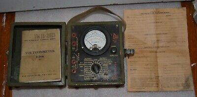 WW2 U. S. ARMY SIGNAL CORPS  VOLTOHMMETER  I-166   W/ Manual