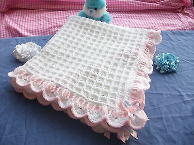Elegant Baby Christening Shawl With Wide Belgian Border 100/% Acrylic 38 X 44