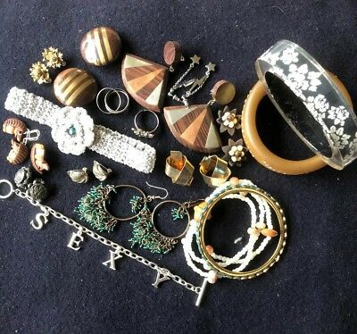 Job Lot Joblot Mixed Lot Of Costume Jewellery Earrings, Rings, Bangles Etc.
