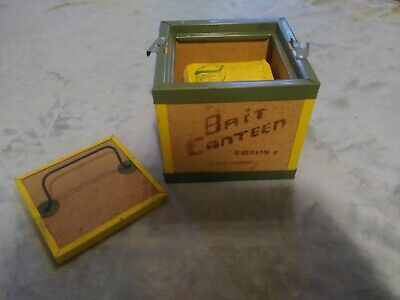 Vintage Oberlin Fishing Tackle Live Bait Worm Box Bait Canteen Cork Sided w/moss