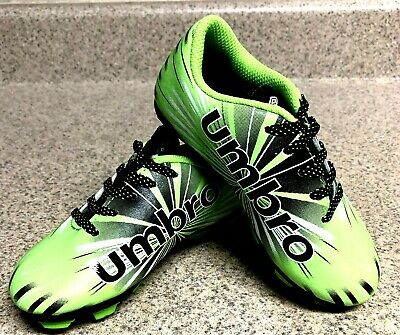 8e634d7415f Umbro Size 9 Arturo Soccer Shoes with cleats Lime Green Black For Children