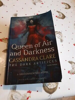 Queen Of Air And Darkness Cassandra Clare The Dark Artifices New Book Paperback