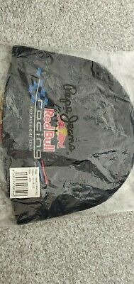 Red bull racing team F1 beanie hat, with tags.