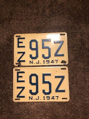 Matching Pair of Old Vintage Antique 1947 New Jersey NJ License Plates EZ-95Z