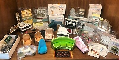 Beautiful Collection of Ideal Doll Furniture/Accessories + Ideal Petite Princess