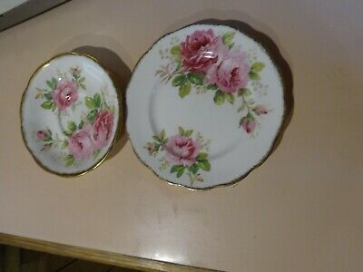 ROYAL ALBERT.American Beauty saucer and sandwich plate.1940 s.Made in England.
