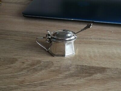ELECTRO POTOSI ' Silver-Plated Mustard Pot with Hinged Lid and Glass Liner