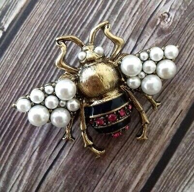 Antique Gold Color Insect Enamel Brooch Pin Beautiful Art Deco
