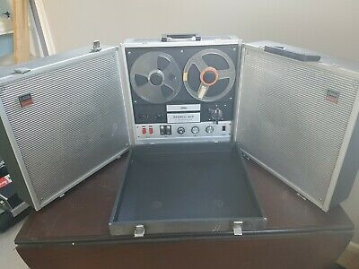 Toshiba Stereo Ace Reel to Reel Tape Recorder model GT-810S-9