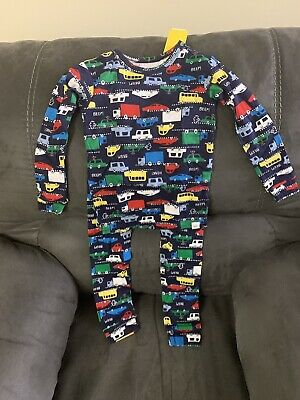 New With Tag Boys Baby Gap Pj's Long -sleeve Shirt & Pants Size 4 Years