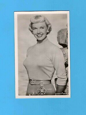 ► Doris Day  - Cp - Carte Postale - Photo - Tbe - ( Warner Bros )