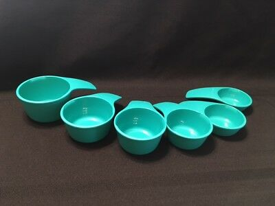 New Tupperware Measuring Cups - TEAL  FREE SHIPPING!