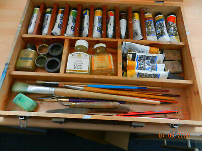 artists paintbox with accessories