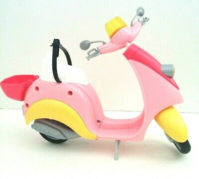 Barbie Scooter Moped Vespa Plaggio Aqua & Pink