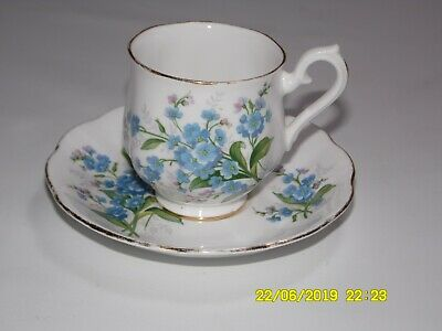 Royal Albert Cups and Saucers Forget-Me-Not