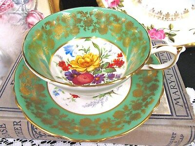 Paragon Tea Cup And Saucer Green & Floral Painted Daisy Teacup Pattern Wide