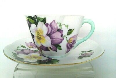 QW. SHELLEY Bone China Tea Cup Saucer Green Handle & Gold Rims Made in England.