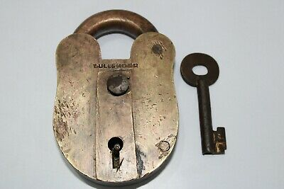 Antique Brass Heavy & Solid Trick/Hidden Key Hole Padlock With key Old Patina