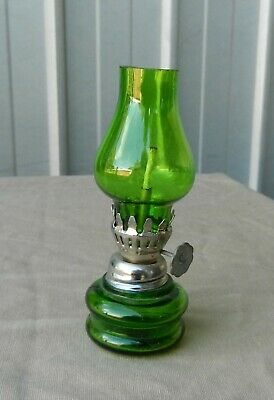Miniature Oil Lamp Green Glass Working Wick Vintage (b)