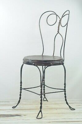 *Antique Wrought Iron ice Cream Parlor Chair With Metal Seat