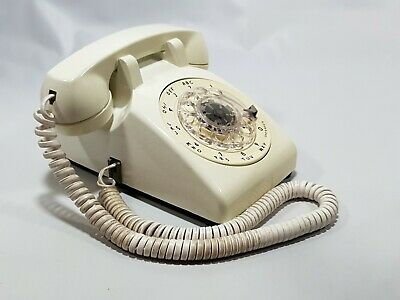 Vintage Bell System Rotary Telephone Western Electric 500DM White Desk 1984 (2)