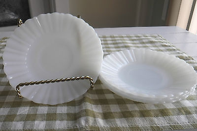 Vtg 4 Termocrisa Mexican Milk Glass Saucers