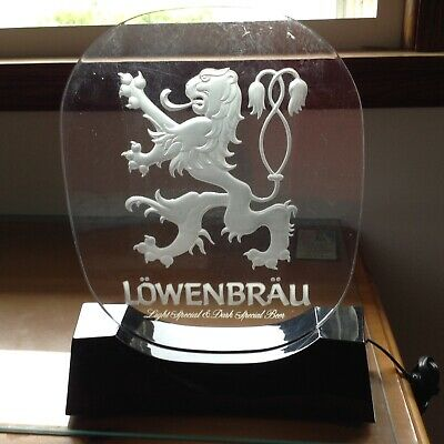 Vintage LOWENBRAU BEER Fighting Lion Electric Frosted Light Up BAR SIGN