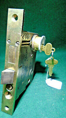 VINTAGE: RUSSWIN # 11213 ENTRY LOCK w/CYLINDER & KEYS- THUMB & KNOB TYPE (11316)