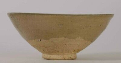 Very Fine China Chinese Celadon Green Pottery Bowl Song-Yuan ca. 10 -13th c.