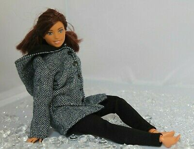 №007 Clothes for Curvy Barbie Doll. Hooded Coat and Leggings for Dolls.