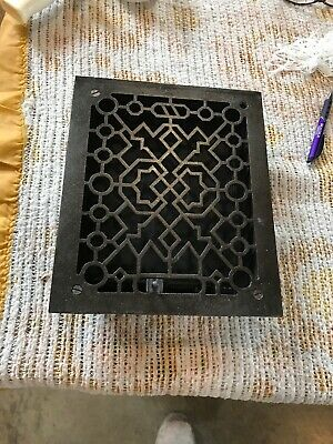 J 25 Cast-Iron Heating grate 9.5 x 11 5/16 Cleaned and lacquered