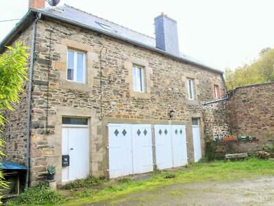 Detached House in Brittany, France, Close to Coast. 4 Large bedrooms