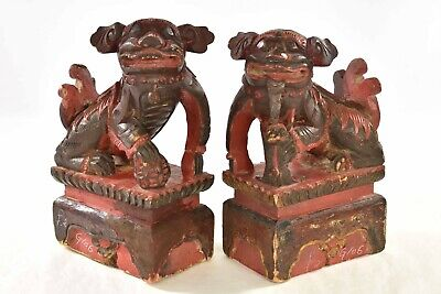 Pair Antique Chinese Red Wooden Carved Statue of Animal Fu / Foo Dog / Lion