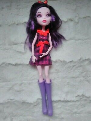 Monster High doll , Draculaura londoom