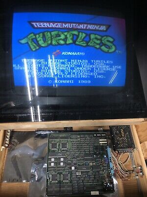TMNT Teenage Mutant Ninja Turtles Arcade PCB JAMMA Board by Konami -*Working*