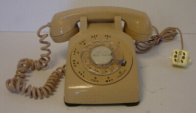 Western Electric Bell System Telephone C/D 500 Beige 1959 Vtg Phone Rotary Desk