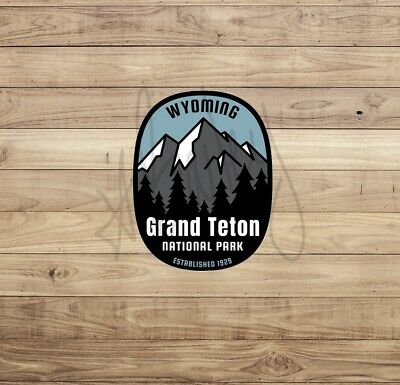 GRAND TETON NATIONAL PARK MOOSE WILDLIFE CAMPING HIKE OVAL PRINTED STICKER DECAL