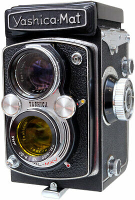 Yashica Mat MT TLR camera with 80mm F3.5 lens and case