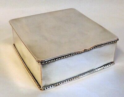 Stylish Vintage Silver Plated Table Cigarette/Trinket Box