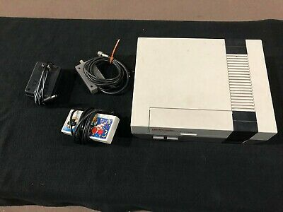 Original Nintendo Entertainment System NES Console w/ Connections & Controller