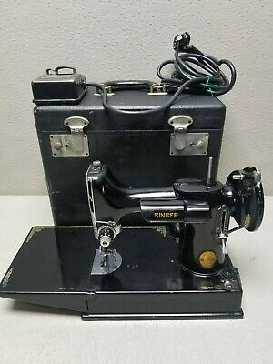 Vintage SINGER Featherweight Model 221 SEWING MACHINE Working with Case#3407