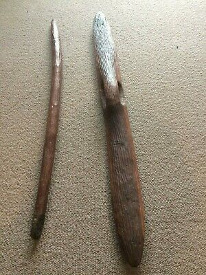Old Extra Long Parrying Shield And Club Set With Stand : Aboriginal