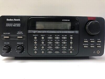 RADIO SHACK PRO-2035 1000-channel scanner with antena included (30 warranty)