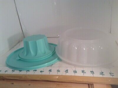 Vintage 1970's Mint Green Tupperware Jel-Ring Jello Gelatin Mold, With Lid