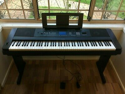 Digital Piano Yamaha DGX 650 [OFFERS ARE WELCOMED]