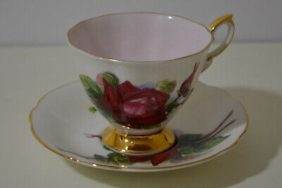 Vintage Paragon World Famous Roses '' Grand Gala'' Cup With Saucer Made  England
